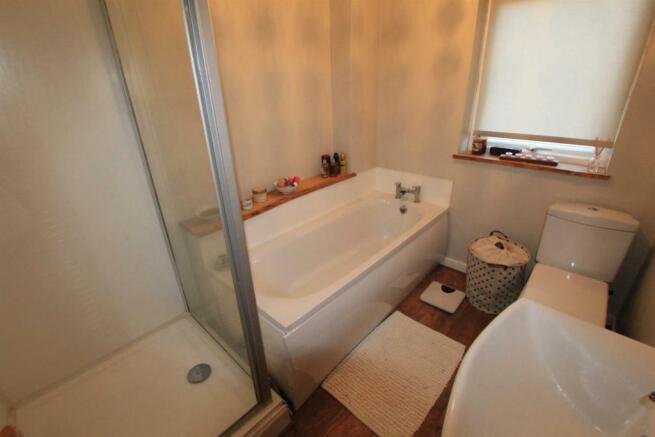 Family Bathroom/Shower/WC