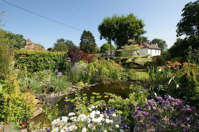 Front garden o...