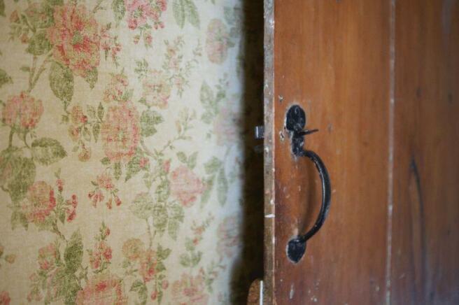 Bedroom 2 door...