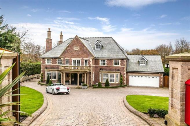 7 Bedroom Detached House For Sale In Knowsley Grange, Off
