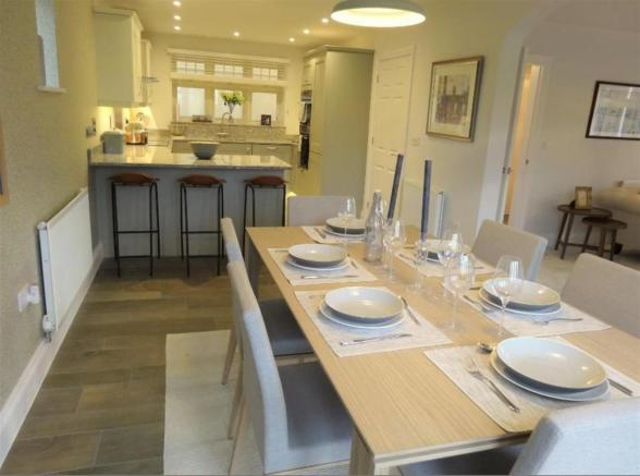 show home dining kit