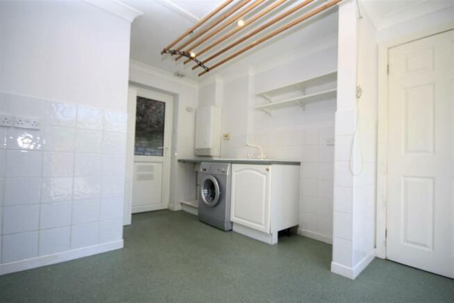 kitchen annex.jpg