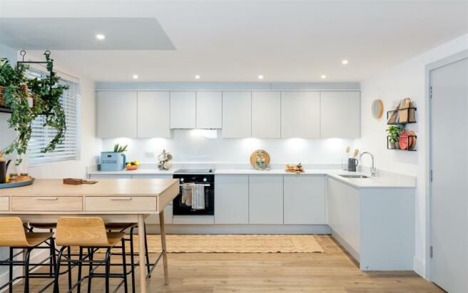 Modern kitchen breakfast room