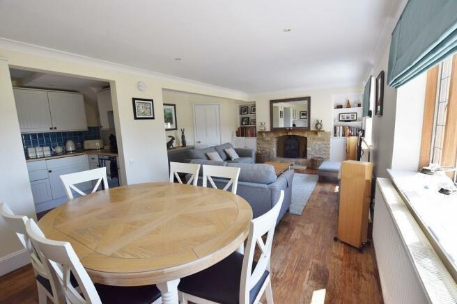 1 Bourton Far Hill Cottges - Sitting Room 2.jpg