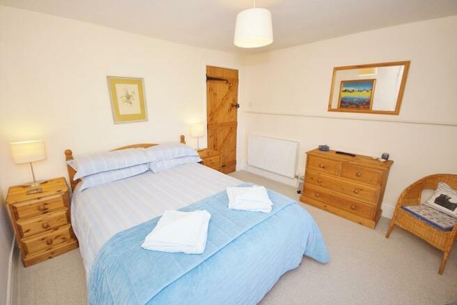 Shepherds Cottage - Bedroom 1.jpg