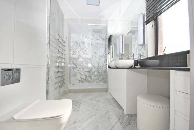 En-suite property to