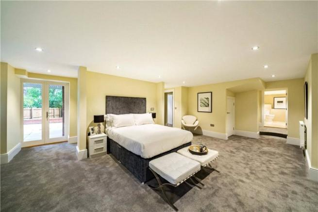 2 Bed Flats For Sale