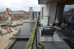 Photo of Mackenzie House, Leeds Dock, Parking Included