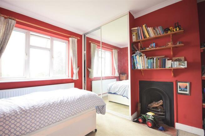 Bedroom Three pic2