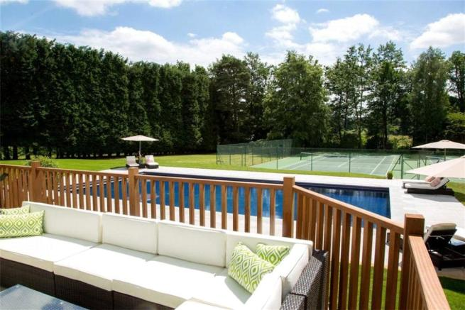 Englemere Pool