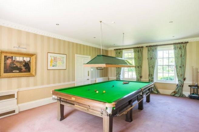 Drawing/Snooker Room