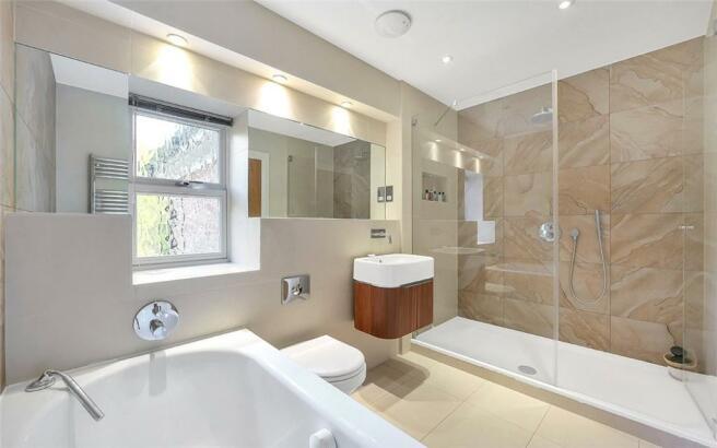5 Bathrooms, Sl4