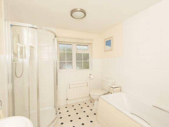 Main Bathroom,...