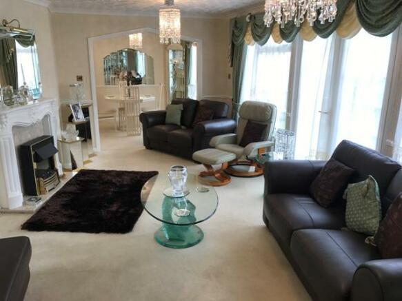 Lounge - View 1
