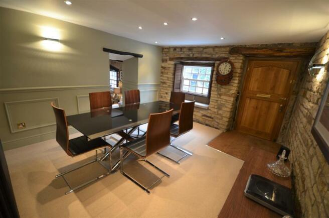 4 bow cottage 19-20 Warley Town Warley hX2 7RZ.JPG