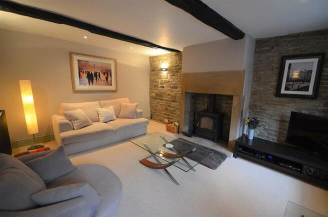 7.6 bow cottage 19-20 Warley Town Warley hX2 7RZ.J