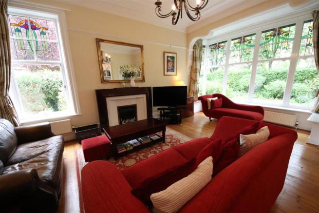 05 charnock bates estate agents, dalehurst, 50 smi
