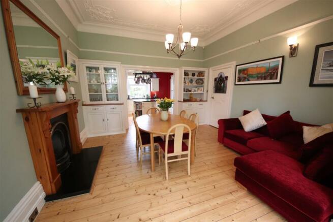 10 charnock bates estate agents, dalehurst, 50 smi