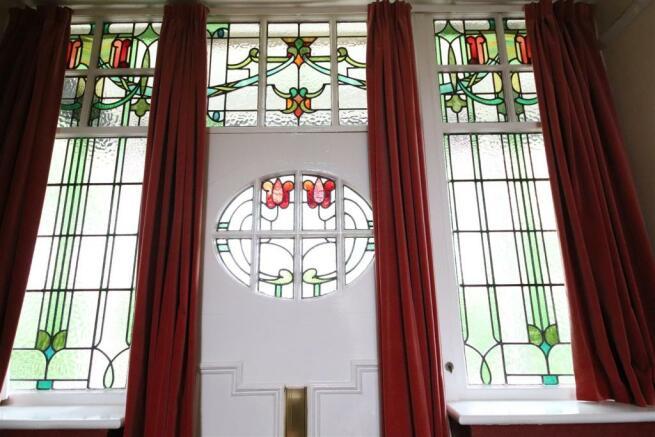 12 charnock bates estate agents, dalehurst, 50 smi