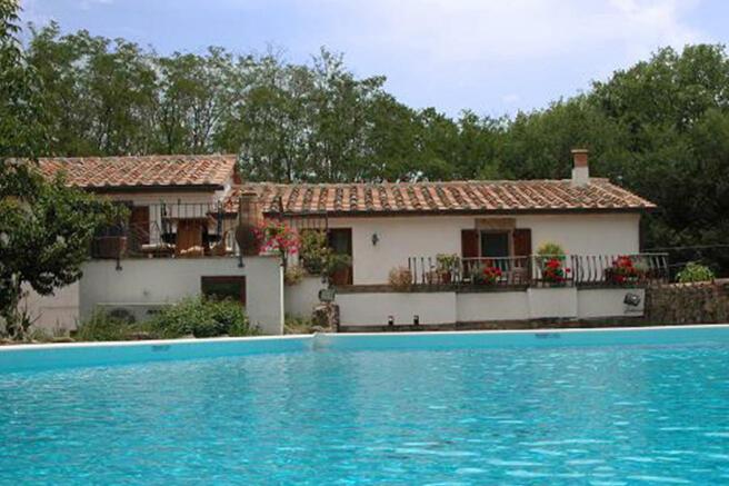 3 Bedroom Farm House For Sale In Tuscany Grosseto Civitella - Villa-in-sardinia-by-antonio-lupi