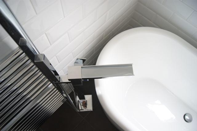 Feature Waterfall Tap