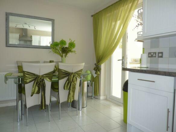 Kitchen shot 3