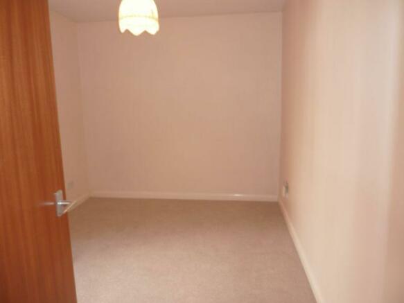 bedroom 2 (ang...