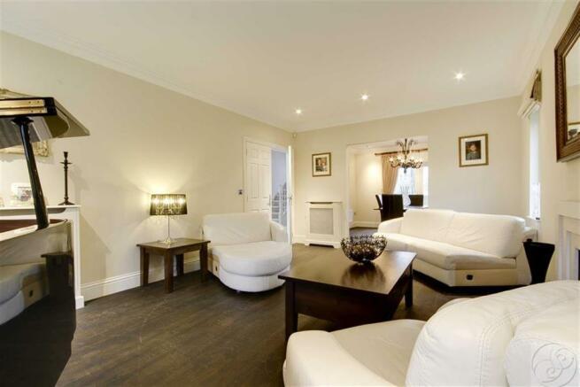 Main Lounge / Reception