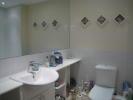 Bathroom, W/c