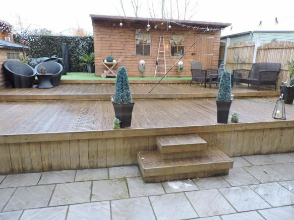 Decking / Patio