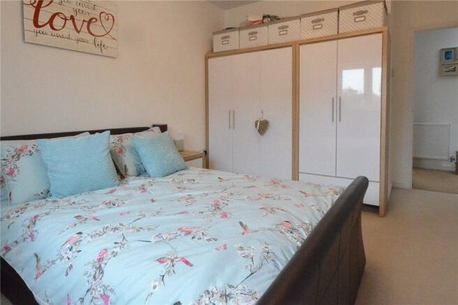 Bedroom 1- Alt