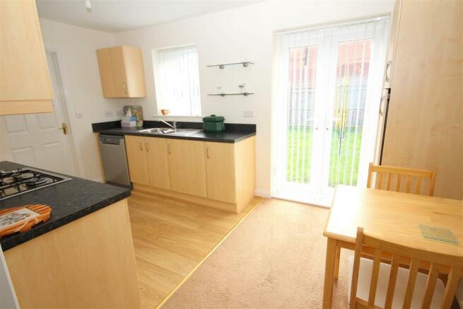 kitchen 2 use NEW.JPG