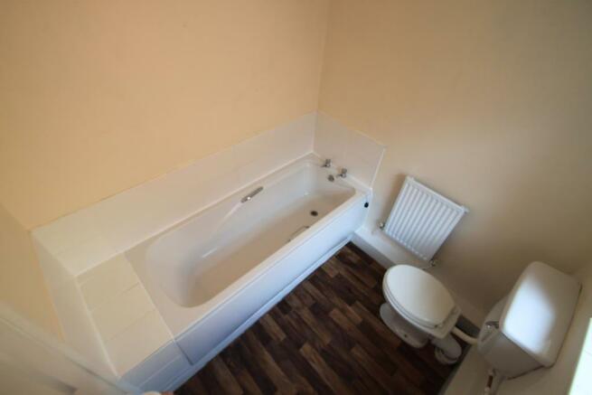 Bathroom big.jpg