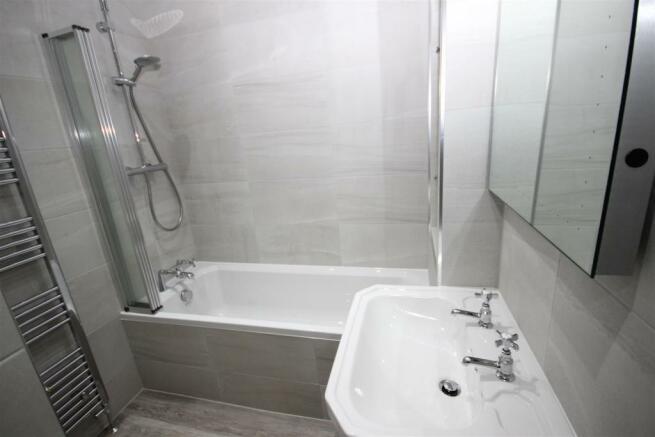 bath rm use.JPG