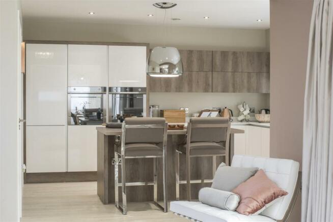Kitchen2 windsor.jpg