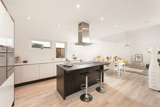 Kitchen island ClarenceSandringham.jpg