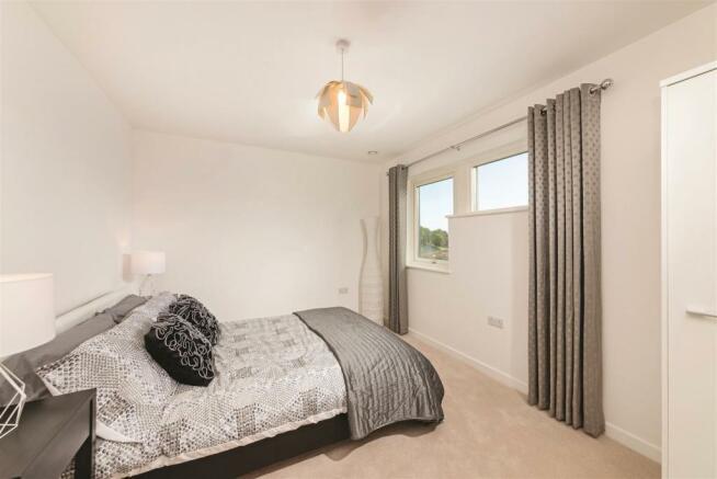Bed3 ClarenceSandringham.jpg