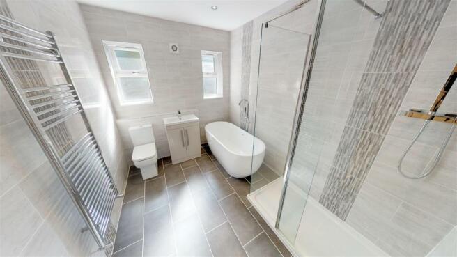 58-Blackwell-Bathroom.jpg