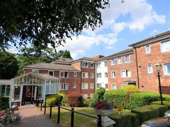 1 bedroom retirement property for sale in Morgan Court, Worcester