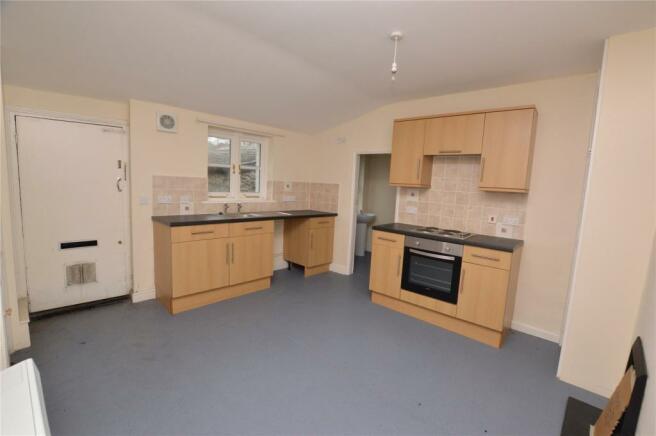 Bottom Flat Kitchen