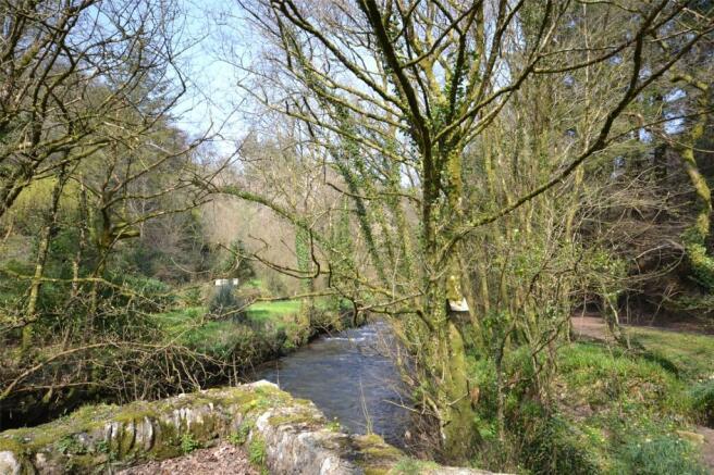 Starabridge & River