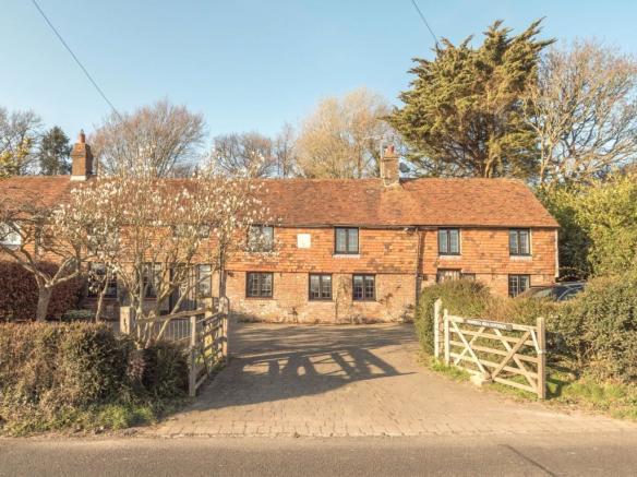 Darwell Hill Cottage