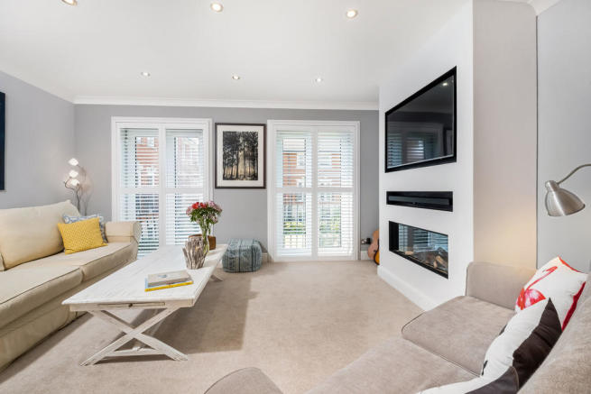 4 bedroom terraced house for sale in old portsmouth, hampshire, po1
