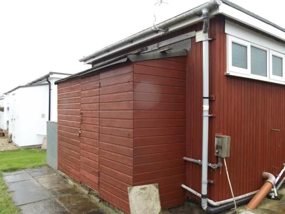 REAR SHED