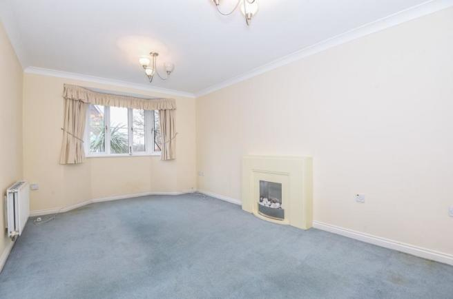 sitting room to mant