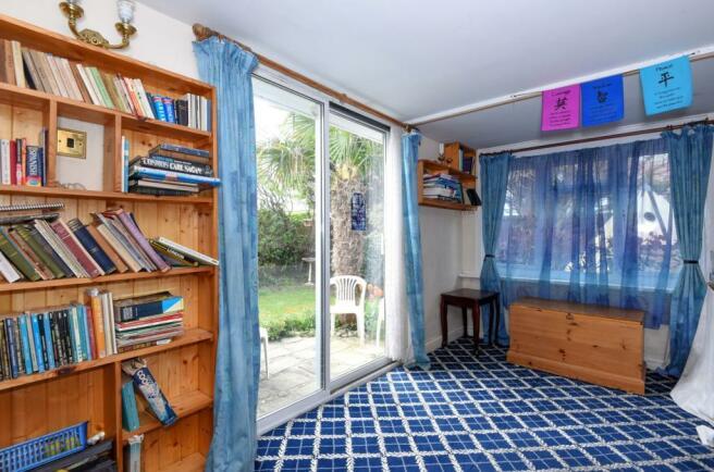 study/playroom/snug