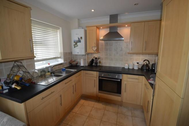Kitchen Flat to Let