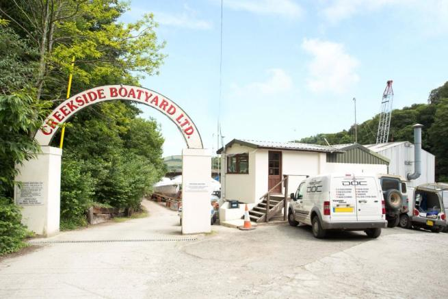 Creekside Boatyard
