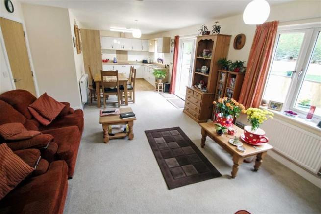 Open Plan Living Room/Dining Area/ Kitchen
