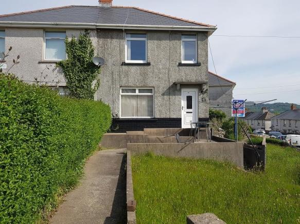 3 Bedroom Semi Detached House To Rent In Addison Road Neath Neath